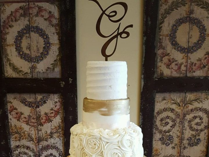 Tmx 1488696544229 Gold Multitexture Marietta, GA wedding cake