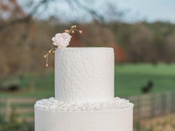 Tmx 1493781098549 Lindathreadgillphotographylindathreadgillphotograp Marietta, GA wedding cake