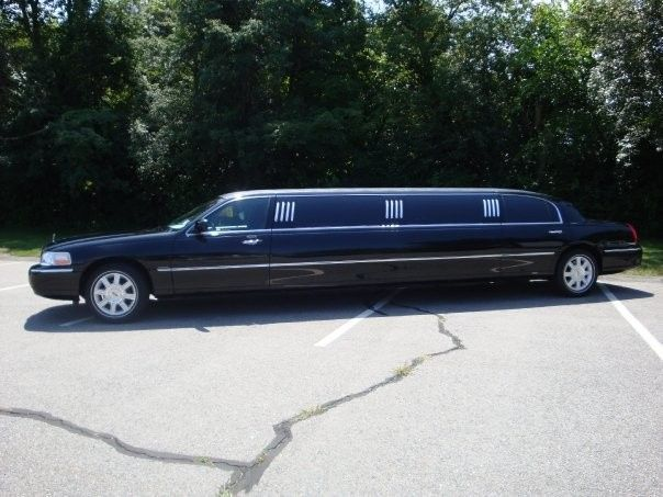 Tmx 1469805382501 19140291162501267683032465n Wilmington wedding transportation