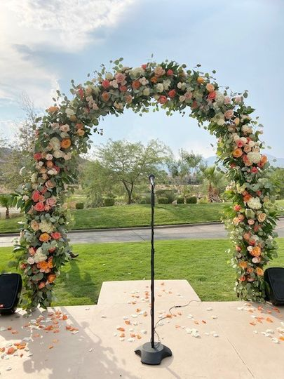 Full floral arch