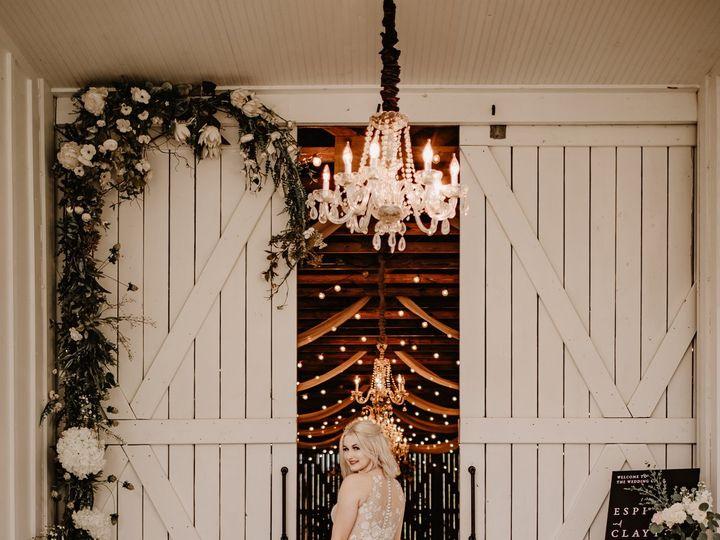 Tmx Southern Grace Barn Lithia Tampa Rustic Elegant Chic Wedding Photography Tampa Photographer 289 51 997301 160519470136689 Lithia, FL wedding venue