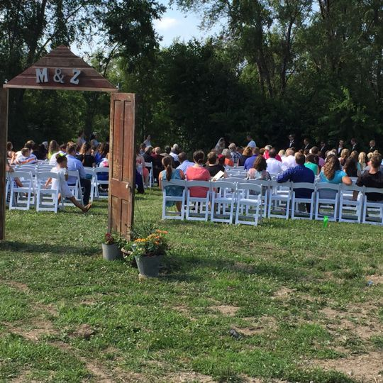 Outdoor Wedding Ceremony Omaha Ne: The Barn At The Ackerhurst Dairy Farm