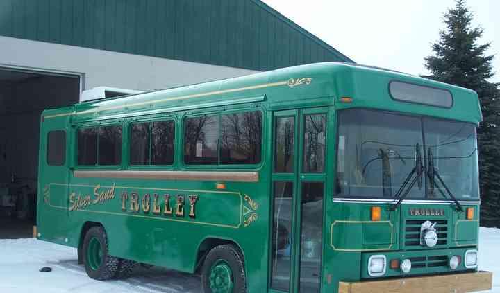 Silver Sand Party Bus / Limousine