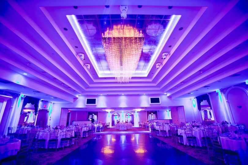 Main ballroom lighting system