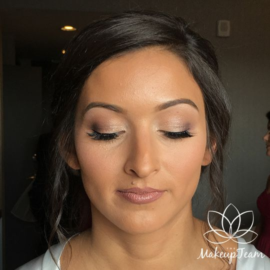 Light eye makeup with nude brown lip