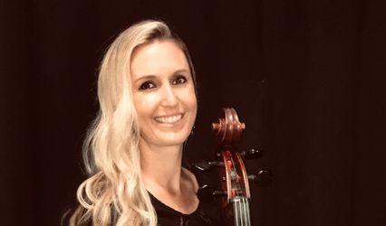 Kristen Antolik, cellist
