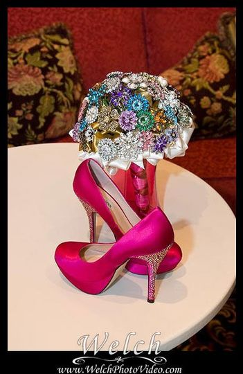 800x800 1319142773549 008crystalbouquetshoes