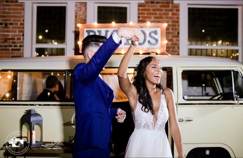 wildhearts photo booth bus volkswagen tampa florida wedding bride groom 3 51 1009401