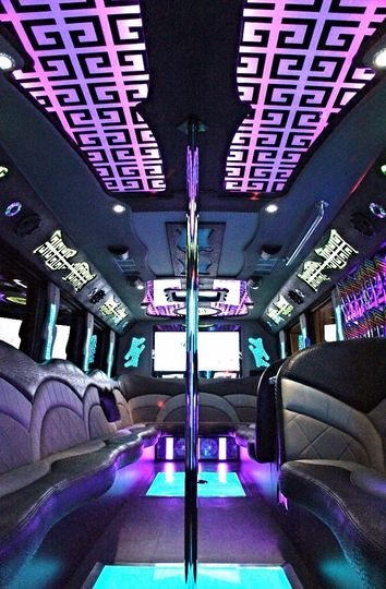 32px Party Bus