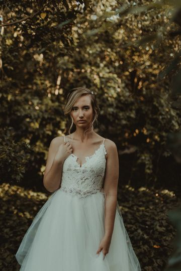 Middleton place bridal portrai