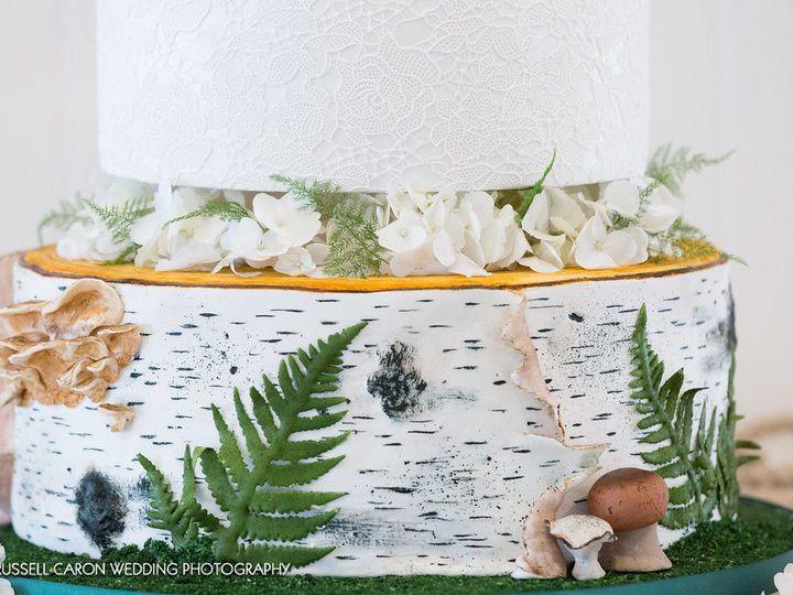 Tmx 1538496182 90d0f5ad309f8a2b 1538496181 Ef0c9b44614c07fd 1538496181580 7 Close Up Lisbon Falls wedding cake