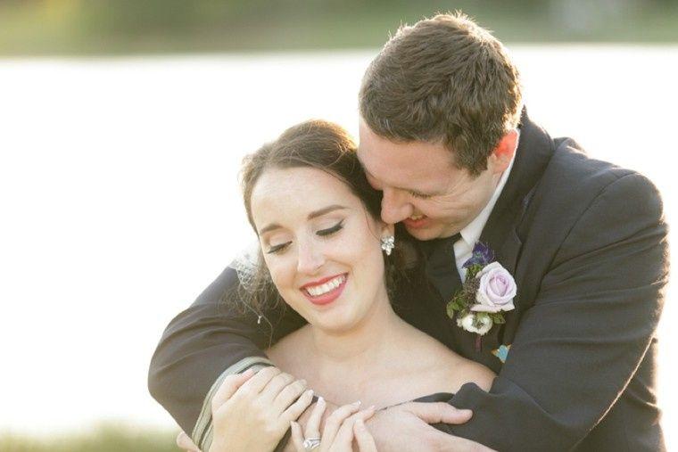 travel inspired wedding embrace