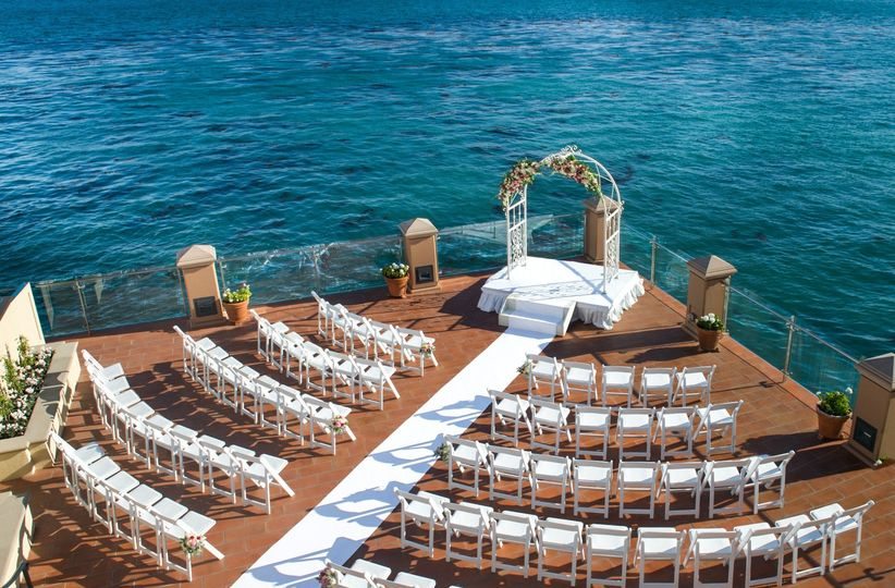 promenade with glass railings 51 1501 158050872579139