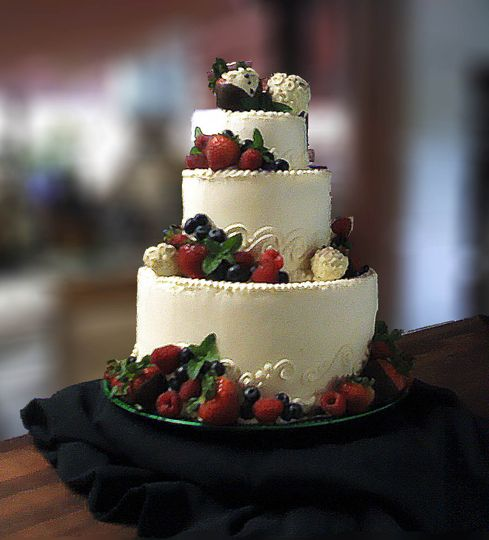 josies wedding cake 7 7 2012 1