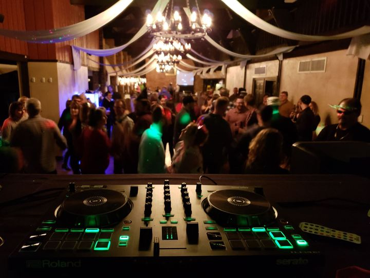 Tmx Play Nice Dj 2 51 1043501 Du Bois, PA wedding dj