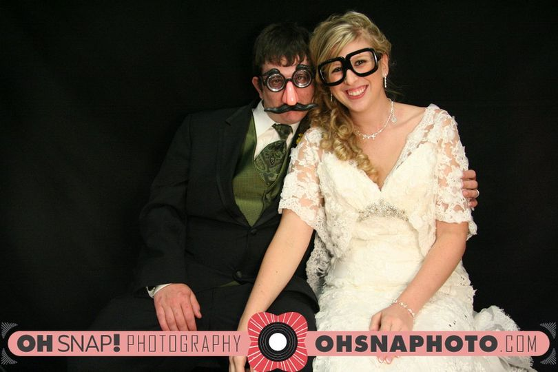 OH! SNAP! Photography & OH! SNAP! Photobooths