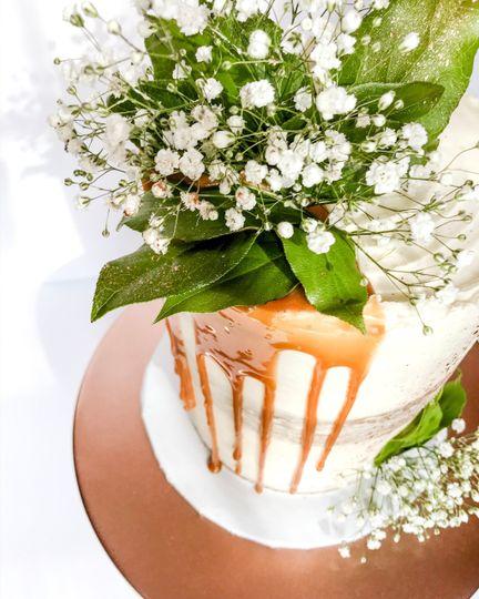 Boho semi-naked cake