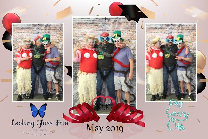3 photo graduation party