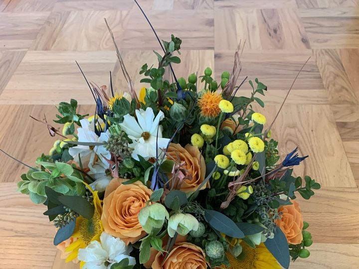 Tmx Img 1342 51 1999501 160634334462394 San Bruno, CA wedding florist