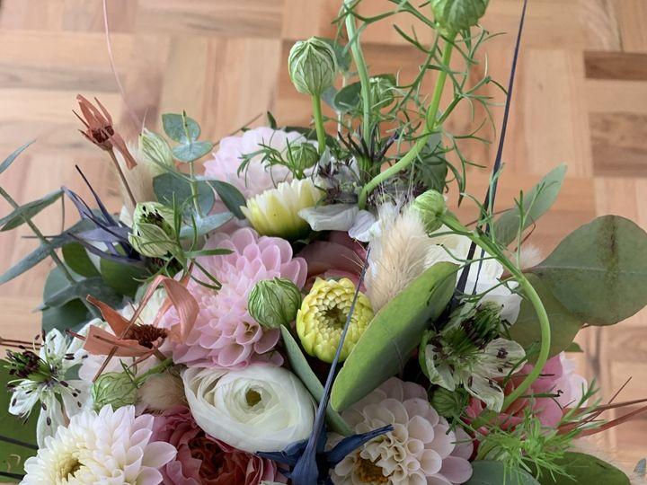 Tmx Img 1370 51 1999501 160634289016885 San Bruno, CA wedding florist