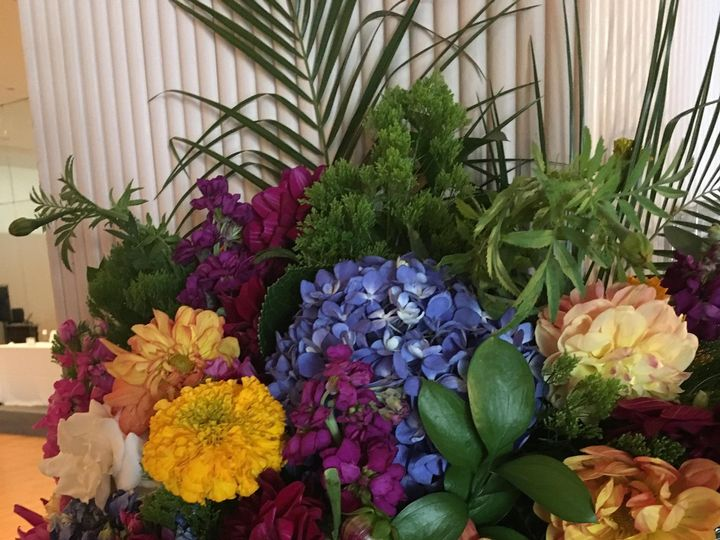 Tmx Img 1690 51 1999501 160634166668312 San Bruno, CA wedding florist