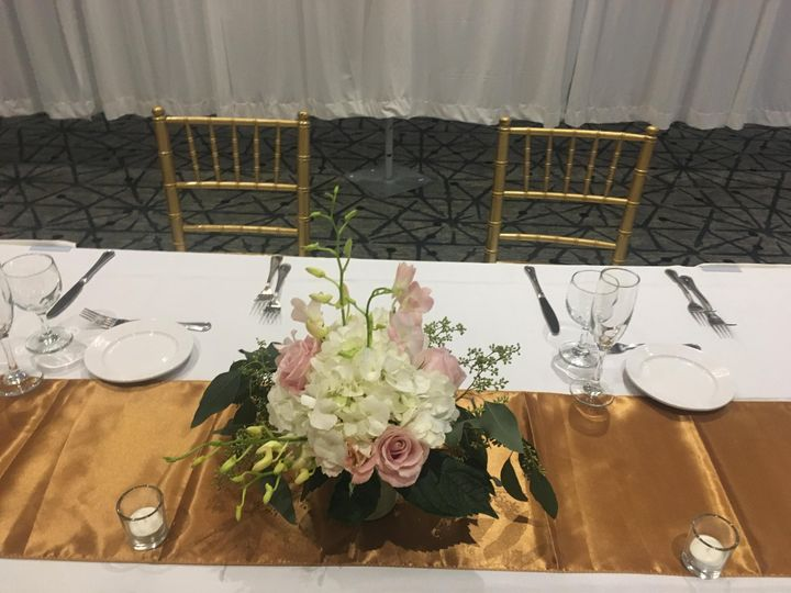 Tmx Img 2159 51 1999501 160634191694845 San Bruno, CA wedding florist