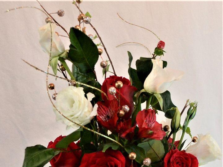 Tmx Red White 2 51 1999501 160634310317884 San Bruno, CA wedding florist