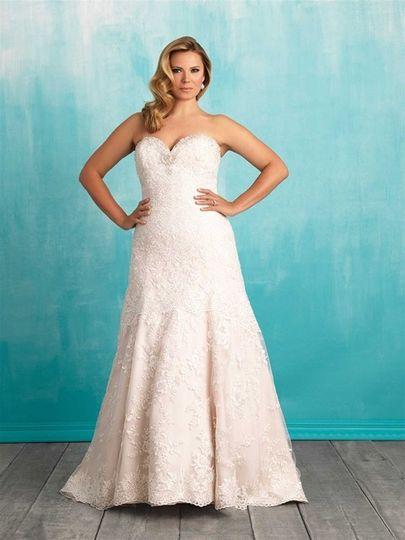 Elegant lace bridal photos dress attire pictures for San jose wedding dresses