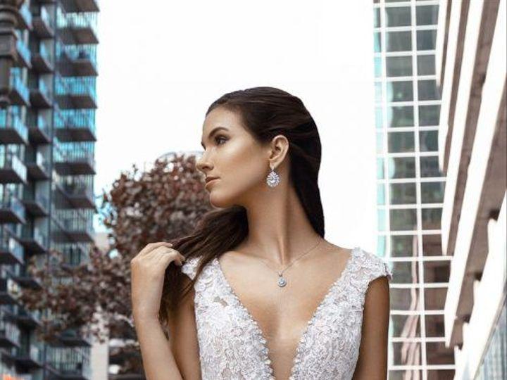 Tmx 1523485726 Eb71686b43927856 1523485725 E1dd2f2613f26e91 1523485725439 6 KC2HALEY H1862 3 5 San Jose, CA wedding dress