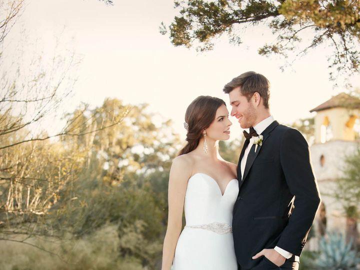 Tmx 1523658044 62755ebc2088bb96 1523658041 B3e70c5fa456f8eb 1523658037354 2 D2027.1464816371.0 San Jose, California wedding dress