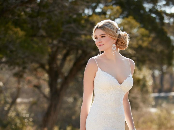 Tmx 1523658045 Cdfb6b947c5d3db1 1523658043 7fb454e241b24e94 1523658037365 5 D2143.1464816413.0 San Jose, California wedding dress