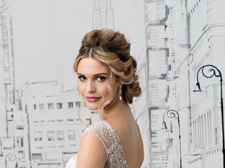 Tmx 1524688710 2b5c016f14f305bb 1524688708 Cc02ad06a06644db 1524688699906 4 Ac1d975125e5e5bbdc San Jose, California wedding dress