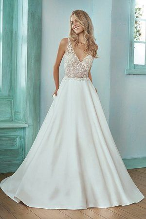 Tmx 1524691742 331bb64a86576bfa 1524691741 85590d2c38d16f07 1524691732393 3 Bridal Dresses F20 San Jose, California wedding dress