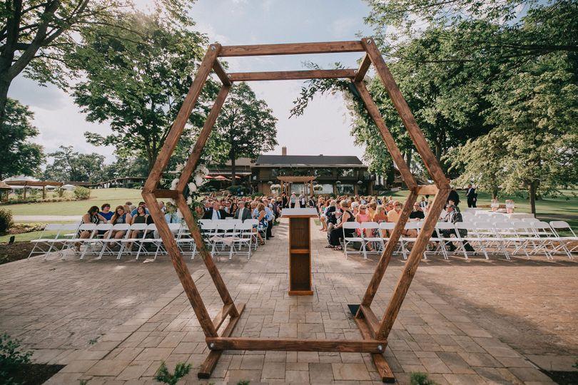 Geo Arch - Wisconsin Wedding