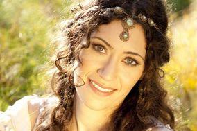 Tara Rose Davison, soprano & classical guitarist