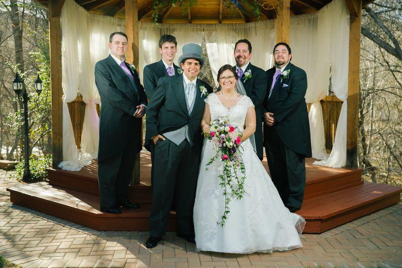 Couple with the groomsmen