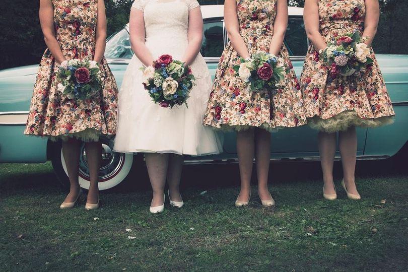 bridesmaidsflowers 51 1894601 157428966452789