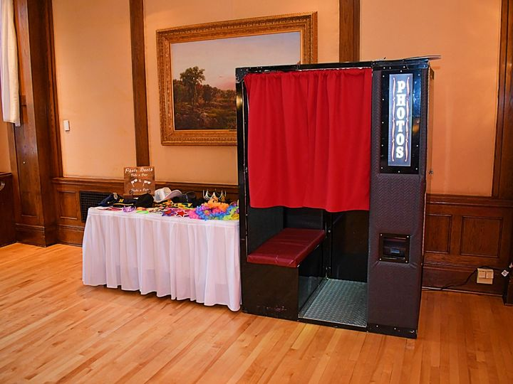 Tmx Photo Booth Sample 51 1055601 1564509467 Lakeville, MN wedding dj