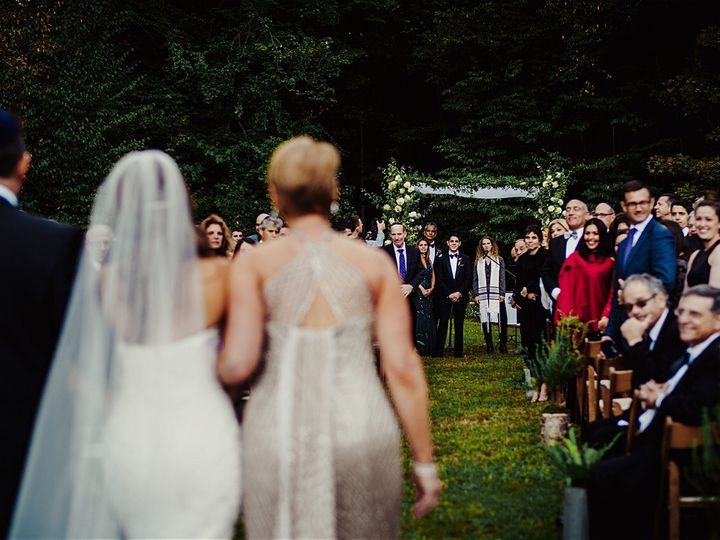 Tmx B2ac1a4a 0566 466f 8f81 4a04d9ac4670 14888 00000d7298760455 51 1026601 Forest Hills, New York wedding officiant