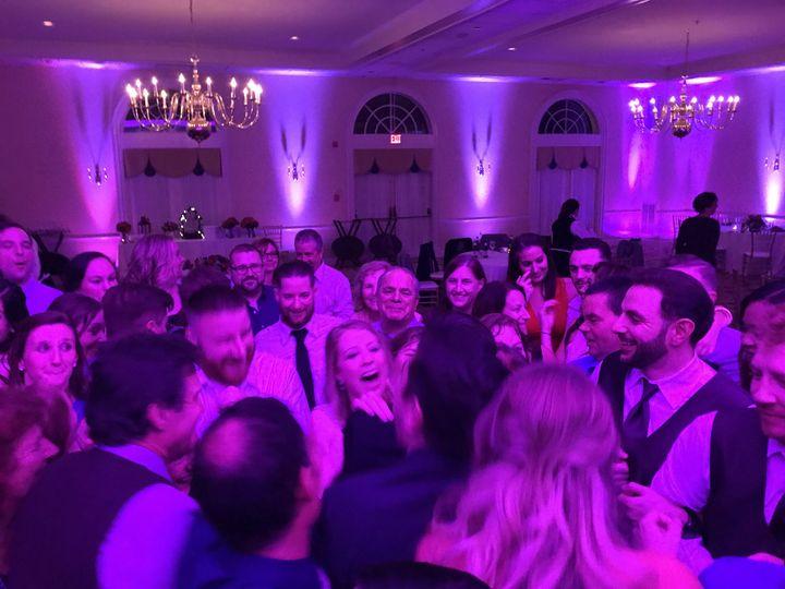 Fun wedding crowd!