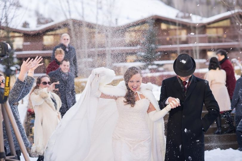 winter ceremony at manor vail 2