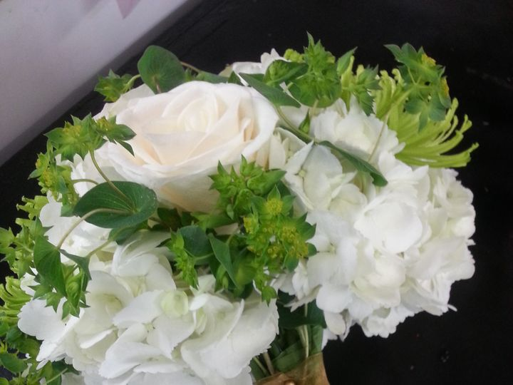 Tmx 2014 03 28 17 14 36 51 40701 1564176732 Saint Petersburg, Florida wedding florist