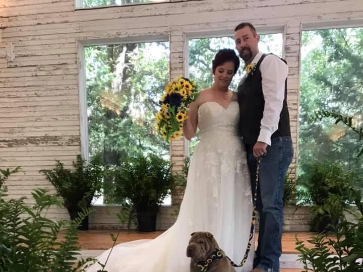 Tmx Wedding With The Dog 51 1780701 161066324370167 Decatur, TX wedding venue