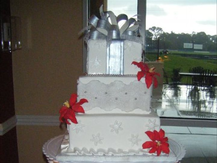 Tmx 1220446488523 Xmasinjuly%27011 Avon Park wedding cake