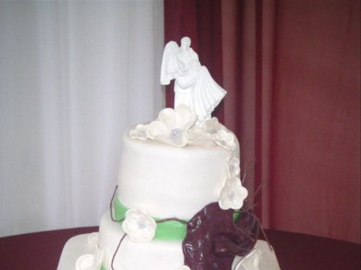 Tmx 1233059489375 Dawgs 006 320113526 Avon Park wedding cake