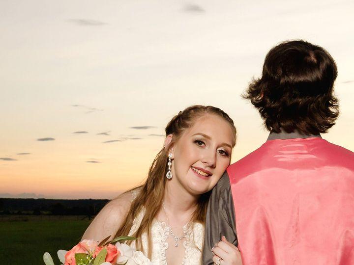 Tmx Portillo Wedding Portraits61 51 784701 160374299388889 Lewisville, TX wedding florist