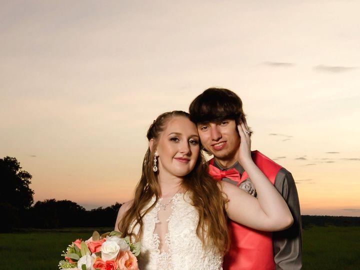 Tmx Portillo Wedding Portraits64 51 784701 160374299612479 Lewisville, TX wedding florist
