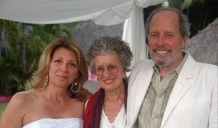 Nansee New Mendocino Wedding Officiant