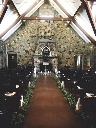 Pamperin Park wedding aisle