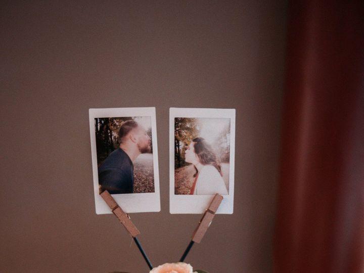 Tmx Img 58171 51 950801 157483712662374 Little Suamico, Wisconsin wedding florist